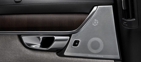 Volvo_Premium_Sound_System_by_Bowers_Wilkins